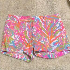 Lilly Pulitzer shorts. Great pockets!